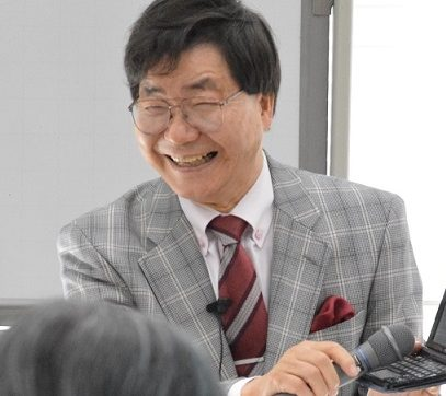 NHK学園俳句講座専任講師 小島健