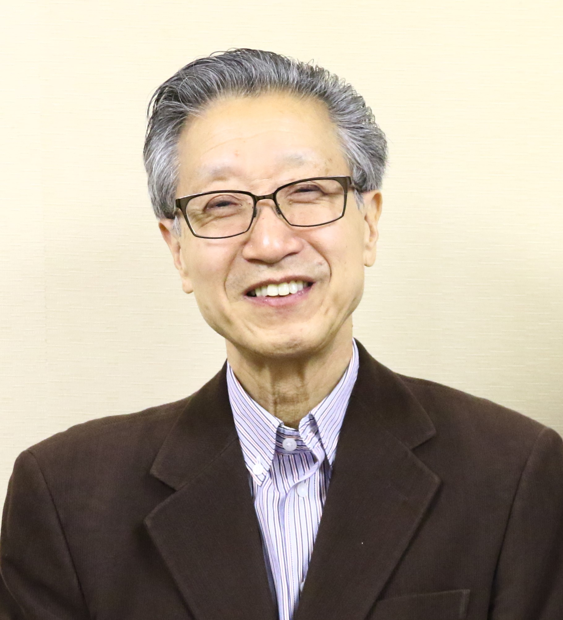 NHK学園川柳講座専任講師 島田駱舟